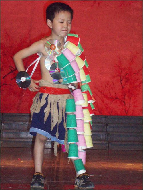 儿童卡纸手工制作衣服