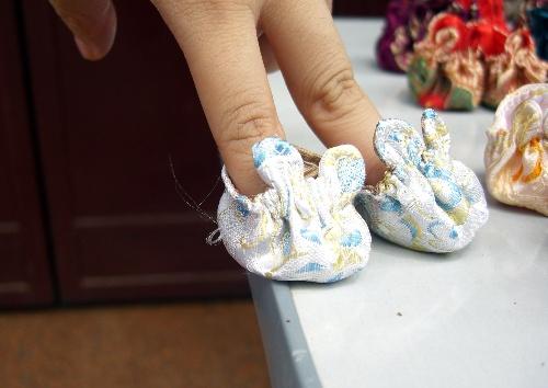 看看这些可爱的小鞋子